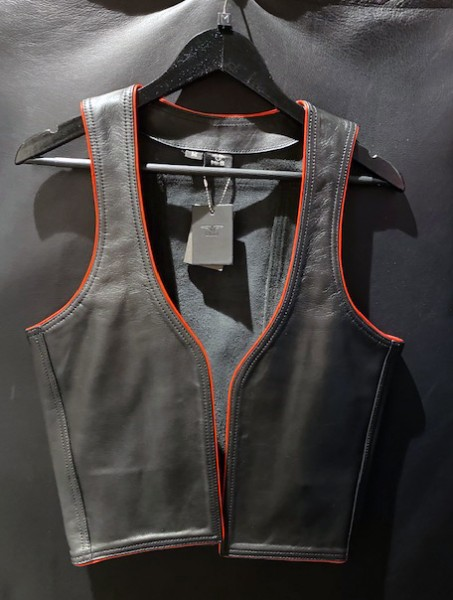 Mister B Leather Muscle Vest - Black w. Red Piping