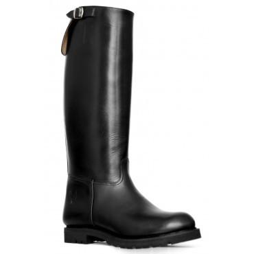 EMBOSSY ADVENTURE Boots